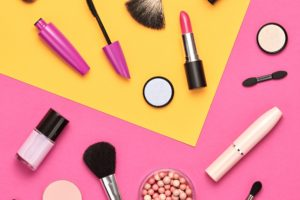 Teen Makeup Tips: 6 Bold Eyeshadows to Try This Summer